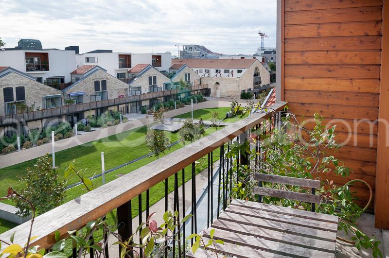 vente vente duplex t5 avec terrasse bordeaux bacalan. Black Bedroom Furniture Sets. Home Design Ideas