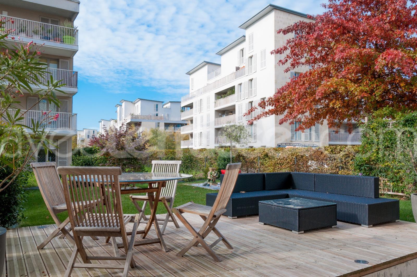 Vente bordeaux bacalan vente appartement t4 avec jardin for Appartement bordeaux