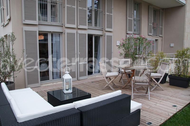 Vente appartement t5 avec jardin bordeaux bastide for Vente appartement bordeaux bastide