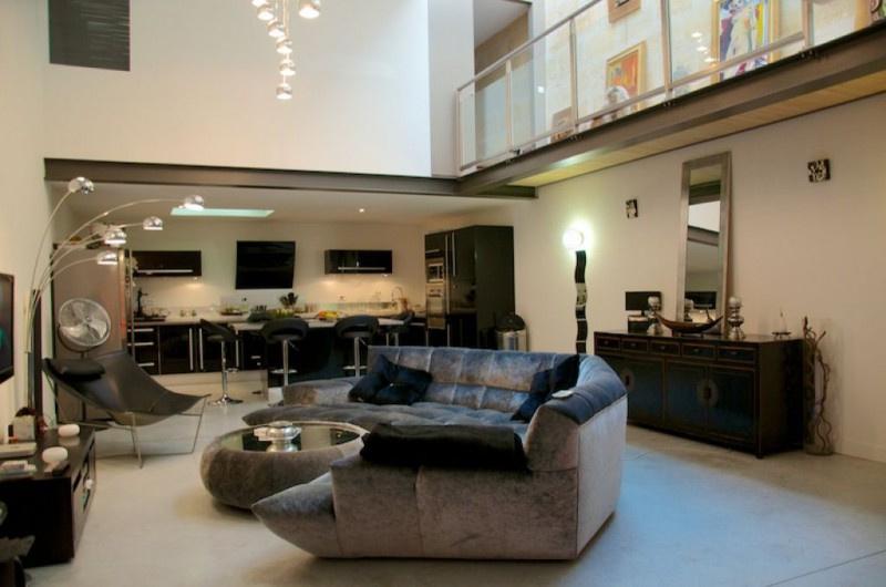 Vente maison loft 5 pi ces avec terrasse et garage for Appartement bordeaux st michel